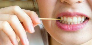 Ternyata, Inilah Bahaya di Balik Penggunaan Tusuk Gigi