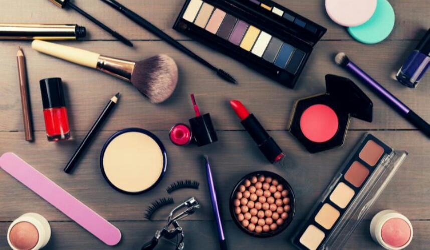 Awas Kosmetik Palsu