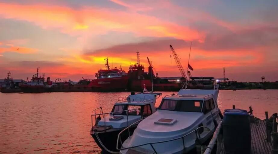 Destinasi Wisata Cirebon Pantai Kejawanan